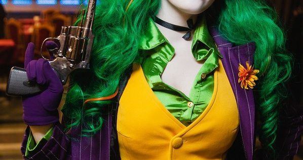 Fem Joker cosplay by HydraEvil.deviant... - liking the idea of a vest,