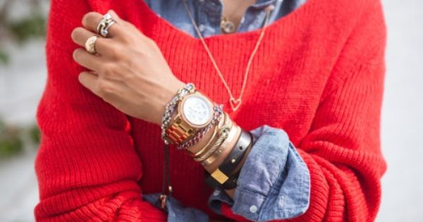 >>> Chambray shirt. Red sweater. Gold accessories.
