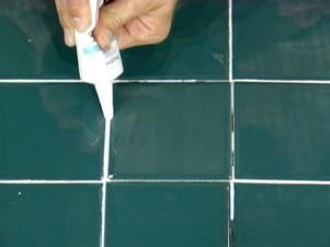 How To Repair Cracked Tiles Tile Repair Cracked Tile Repair Bathroom Repair