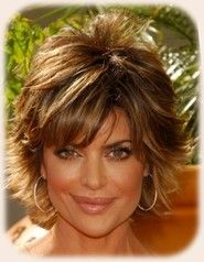 Shag Hairstyle For Women Look Great On Females Who Have A Round Face Shape With An Innocent Look On His Haircuts For Fine Hair Lisa Rinna Haircut Hair Romance