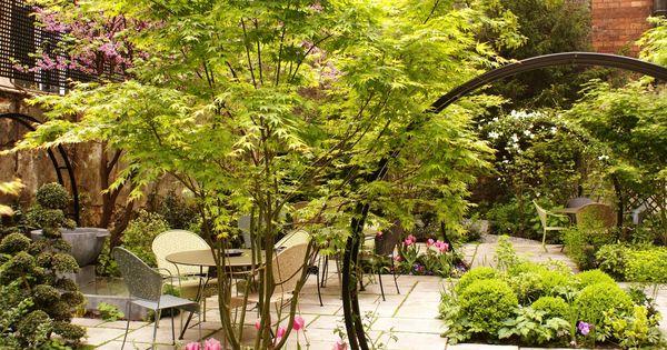 Dans cet h tel calme les fleurs les arbres les for Hotel jardin de fleurs kyoto