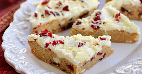 Cranberry Bliss Bars ~ Starbucks copycat recipe. I need these.