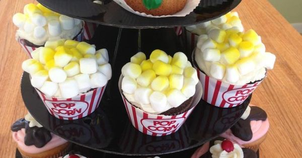 Cupcakes - MEG'S LITTLE BAKERY | Birthday Ideas | Pinterest | Bakeries ...