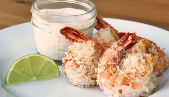Healthy Holiday Hors D'oeuvre: Baked Coconut Shrimp with greek yogurt lime dipping
