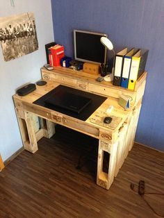 Pallet Computer Desk 99 Pallets Pallet Projects Furniture Diy Pallet Furniture Diy Computer Desk