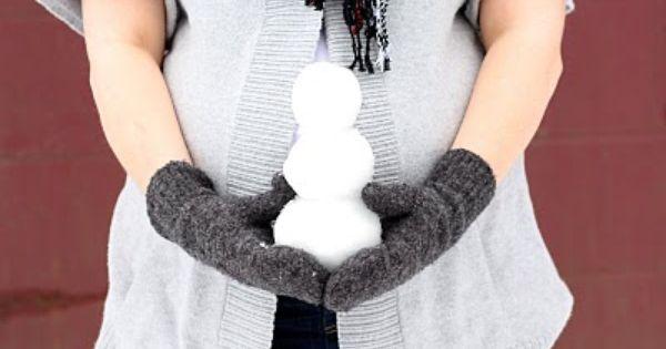 Winter maternity photo idea