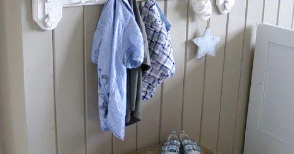 Slaapkamer Pimpen Ikea : Leuke haken en kist! handdoekrek? thuis met ...