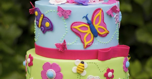 Butterflies garden birthday cake - Butterflies garden themed cake for the very