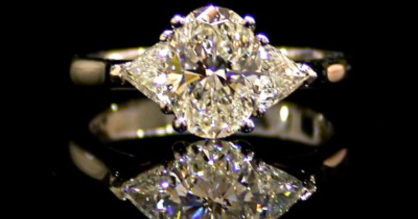 Pin By Tammy Stuck On Jewelry Engagement Ring Wedding Band Wedding Accessories Beautiful Rings
