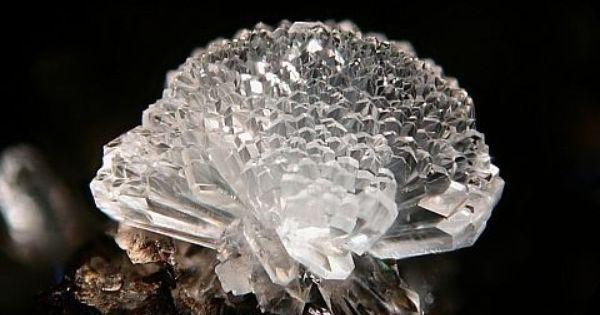 Calcium Silicate Crystal : Phillipsite hydrated potassium sodium calcium