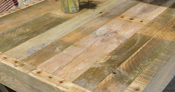 Pallet table with instructions outdoor table!