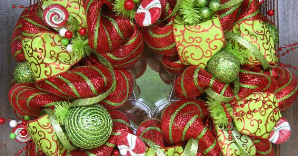 Christmas Deco Mesh Wreath Ideas | Deluxe Deco Mesh WHIMSICAL CHRISTMAS WREATH