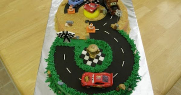 Cars Cake For A 3 Year Old S Birthday Disney Cars Cake Car
