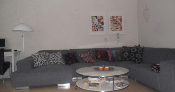 mijn woonkamer.....salontafel schilderijen en lamp..ikea ...