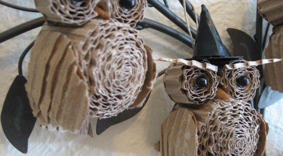 halloween owl crafts | Halloween Owls made out of cardboard | Halloween