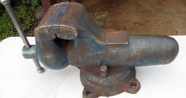 Vintage Wilton Bullet Style Bench Vise 5 Inch Jaws Swivel