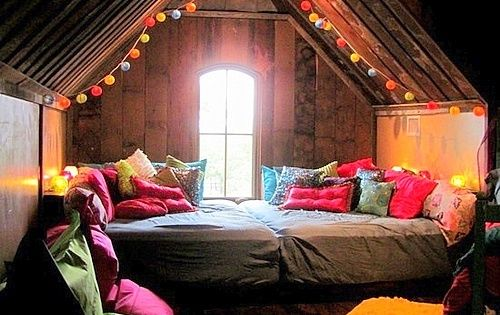 Attic Sleepover Room By Pinarrpinar Party Ideas