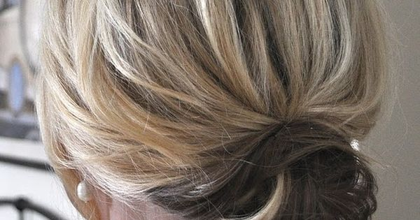 Best hair tutorials! Super cute low bun