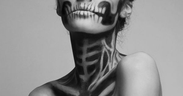 Halloween makeup skeleton makeup this.. so so ROCKS!! Still so, so in