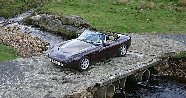 1990 tvr griffith 500 the thunder of that v8 contrasted with the peace of the trough of bowland. Black Bedroom Furniture Sets. Home Design Ideas