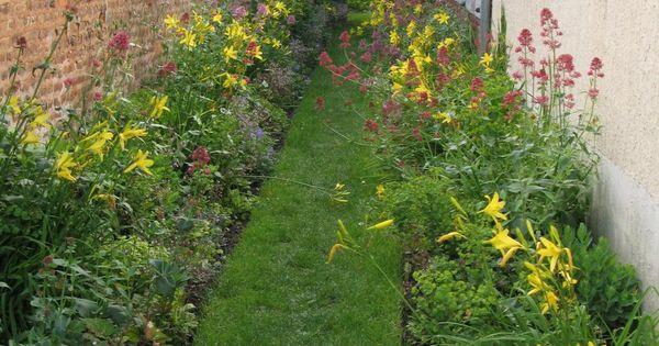 schmale beete effektvoll bepflanzen | schmal, herausforderungen, Terrassen ideen