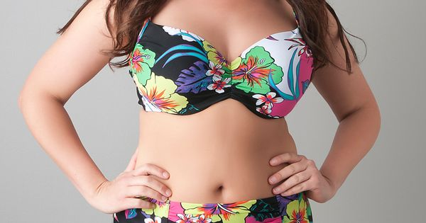 Love this floral bikini from Cacique... The perfect summer swimsuit to show