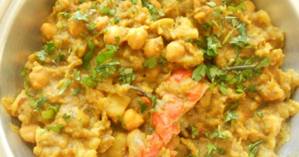 Golden Chicken With Potatoes & Chickpeas Recipe — Dishmaps