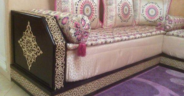 Salon marocain au m tre bois salons marocains pinterest casablanca et salons for Avito salon marocain casablanca