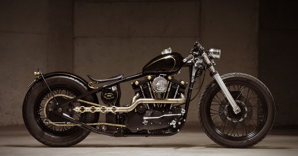 Harley Davidson Bobber by Evolution Custom Industries motorcycles motos | caferacerpasion.com