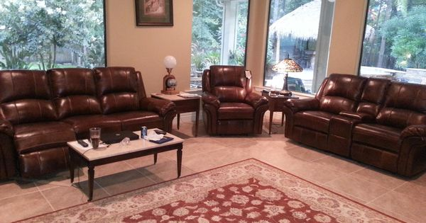 A Magnolia Tx Family Fell In Love With This Flexsteel Dandridge Living Room Set From Gallery