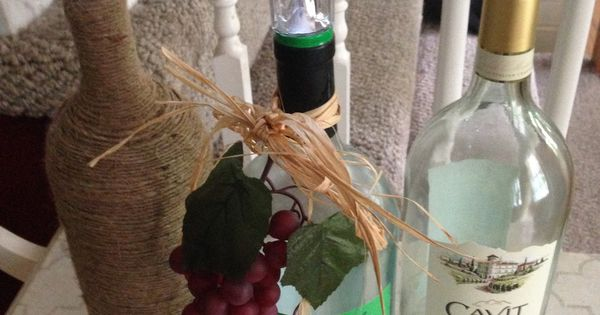 Our crafty mom wine bottle solar lights such a great idea for Wine bottle patio lights