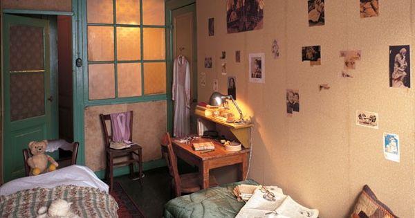 slaapkamer van anne frank | anna frank | pinterest | anne frank, Deco ideeën