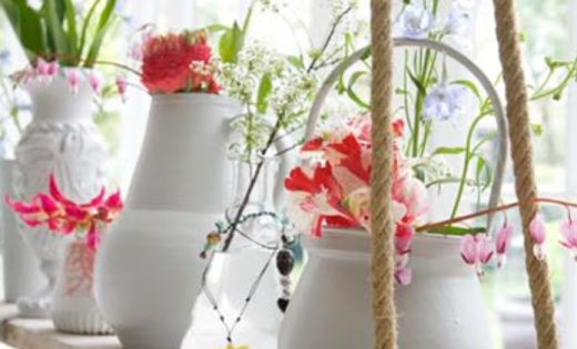 A rope shelf for flowers and plants... I am SO doing this