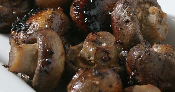 Burgundy mushrooms recipe burgundy mushrooms mushroom for Morel mushroom recipes food network