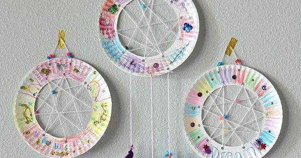 The Bfg Paper Plate Dream Catchers Kids Craft The Suburban