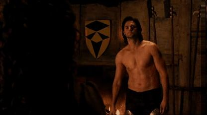 HELLLLLOOOOOOOOO, Sir Guy of Gisborne ♥
