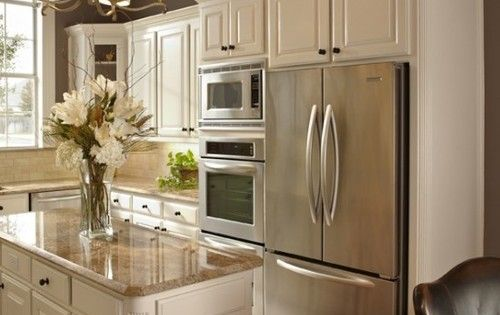Kitchen D Cor The Best Among The Rest Brown Granite Hard Wood And Stainless Appliances