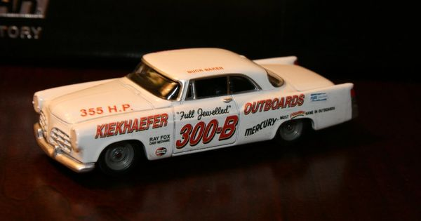 buck baker 1956 kiekhaefer chrysler 300 custom built. Black Bedroom Furniture Sets. Home Design Ideas