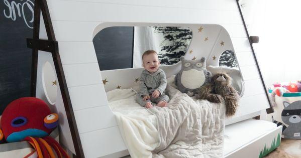 Great Kinderzimmer g nstig mit Gutschein einrichten Kinderbett Aufbewahrungssysteme f r Spielzeuge Teppiche Tolle Kinderzimmer Designs Pinterest