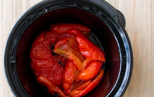 How to make roasted peppers in a slow cooker - This worked