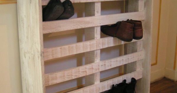 Meuble chaussures r cup qui pourrait servir pour les for Meuble qui s emboite