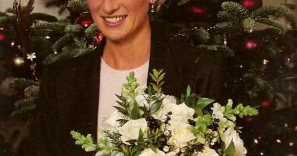 Pin By Diana Watson On Christmas: Princess Diana At Christmas