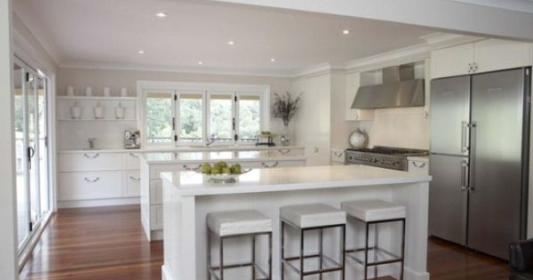 Nice modern hamptons style kitchens pinterest nice for Hampton style kitchen stools