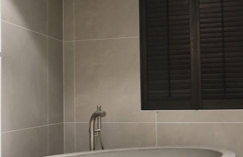Mooi robuust lavastone betonlook vrijstaand ligbad ro stone serie van adw design luxe - Badkamer epuree ...