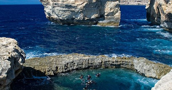 Azure Window, Malta | UFOREA.org Another place to add to my dive