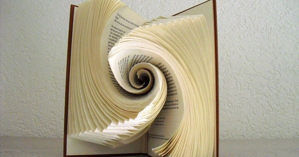 Book folding art by schaduwlichtje