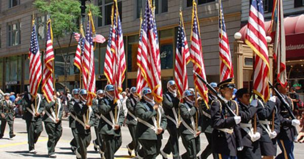 memorial day parade des moines