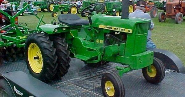 John Deere 400 Fenders : John deere  pinterest tractor