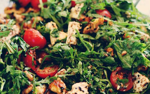 gemischter salat mit rucola und besonderem dressing salat liebe pinterest salad food and. Black Bedroom Furniture Sets. Home Design Ideas