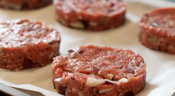 How To Make Your Own Low Fat Burgers Perfect For
